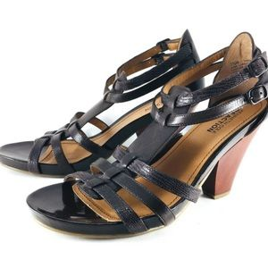 Kenneth Cole Black Leather Sandals with Heel